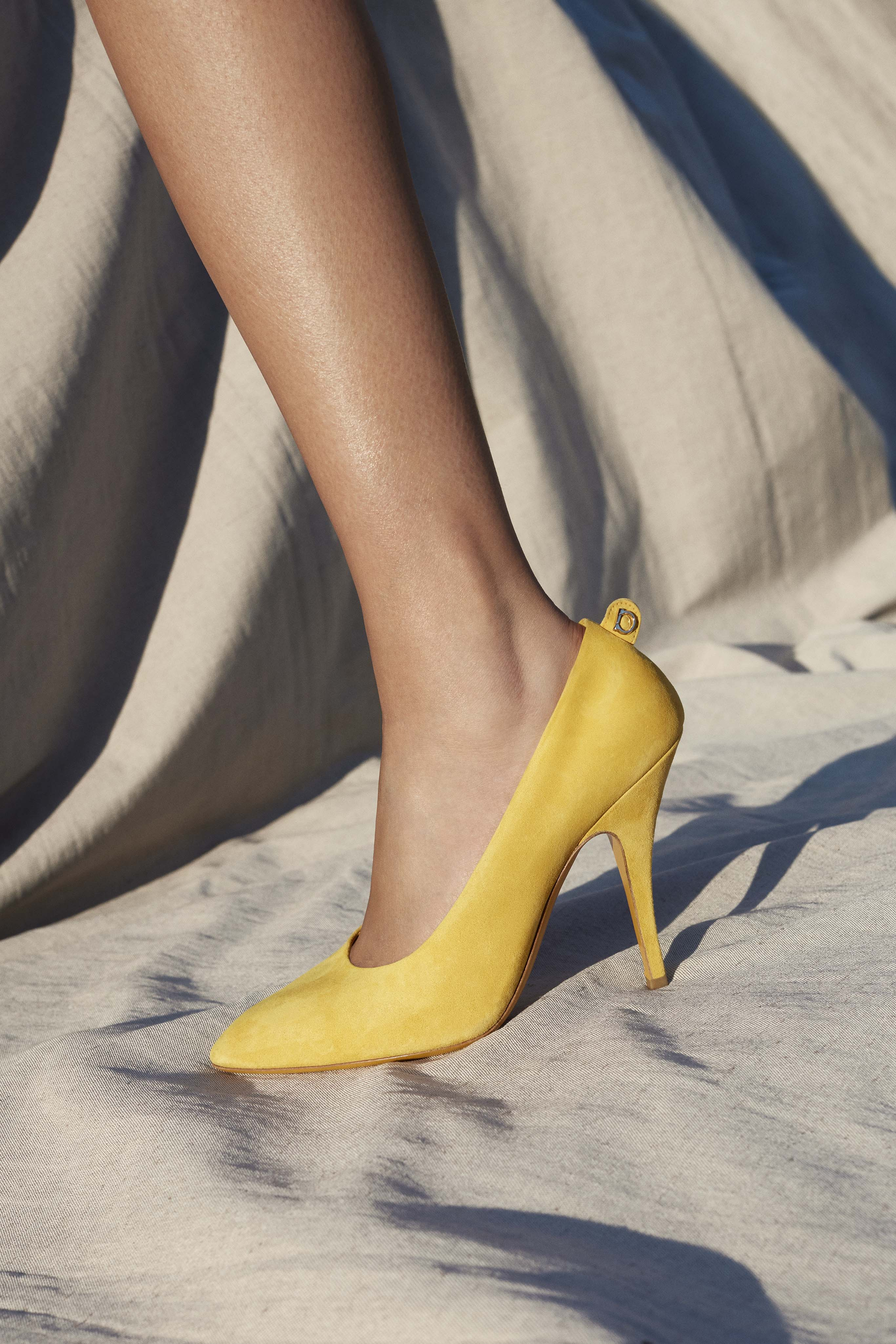 Salvatore Ferragamo Plain Pump in Sunshine Yellow