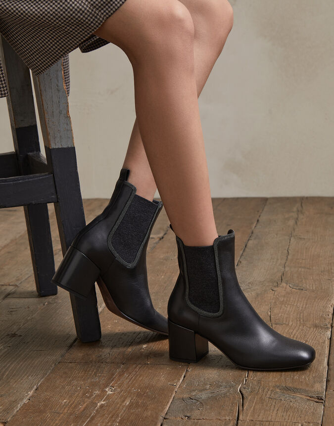 Brunello Cucinelli Minimal leather heeled boots with Precious contour